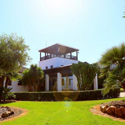 club-house.el-chaparral-golf-club-1.jpg